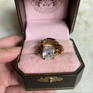 Juicy Couture Jewelry - Juicy Couture Flex Chain Gold Ring with Rhinestone